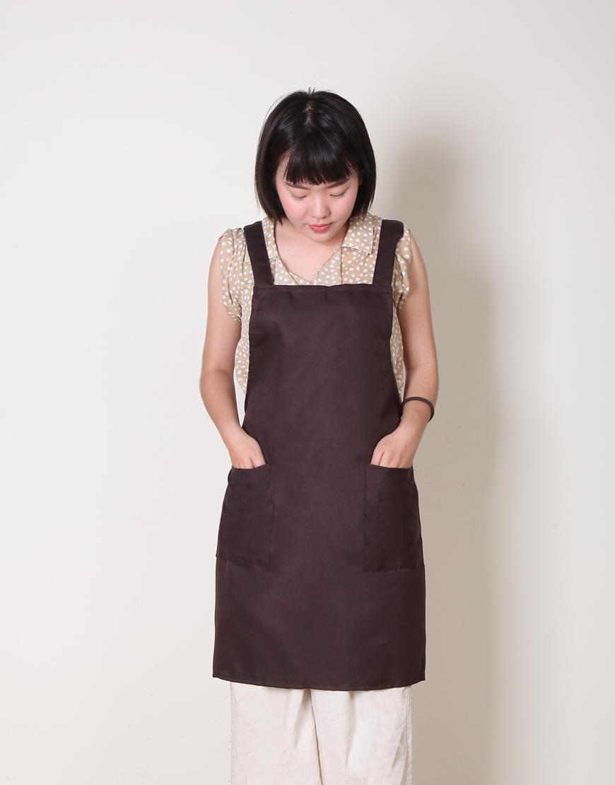 I 缺貨 I T/C斜紋布背帶式雙口袋圍裙 - 咖啡色